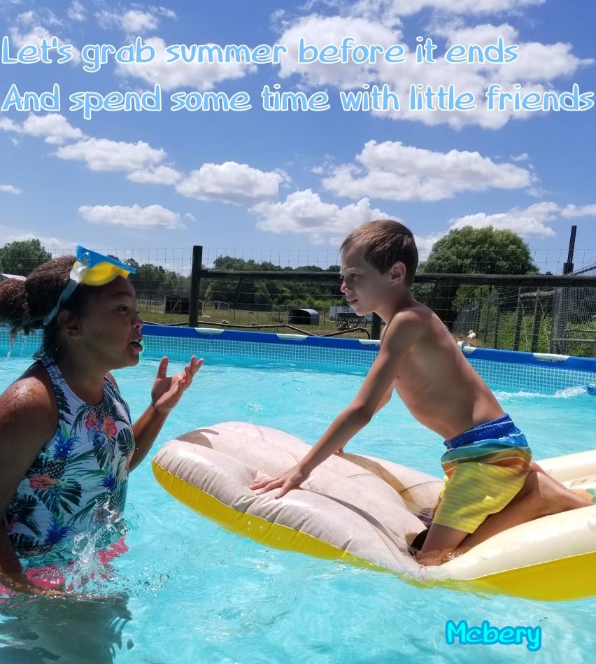 9 swimming friends e